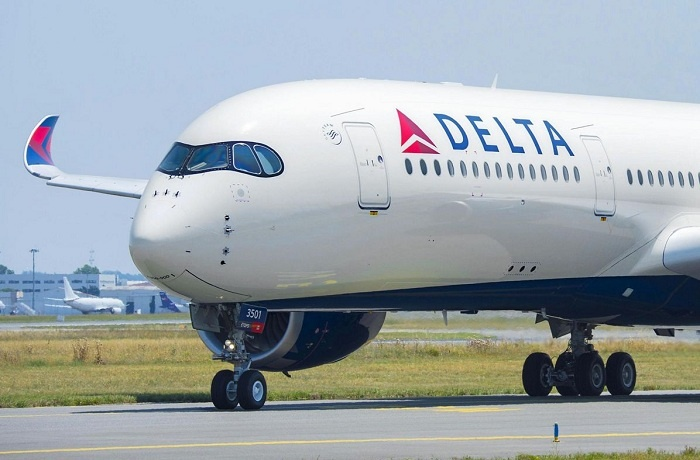 Rising fuel prices drive down profits at Delta Air Lines 1