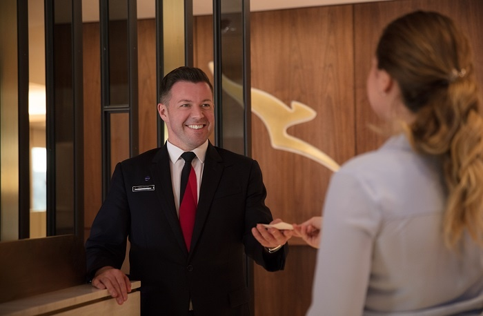 Qantas to offer direct service to Uluru from Darwin 1