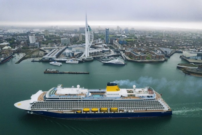 News: Spirit of Adventure arrives in Portsmouth for first time