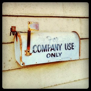 It's Monday -- that means it's time to open up the mailbox and answer YOUR questions!