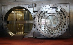 1200px-WinonaSavingsBankVault source:https://en.wikipedia.org/wiki/Bank_vault#/media/File:WinonaSavingsBankVault.JPG