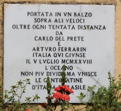 Placa escrito em italiano