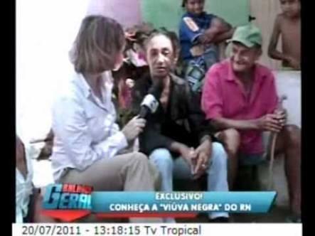 Maria Nazaré em uma das reportagens