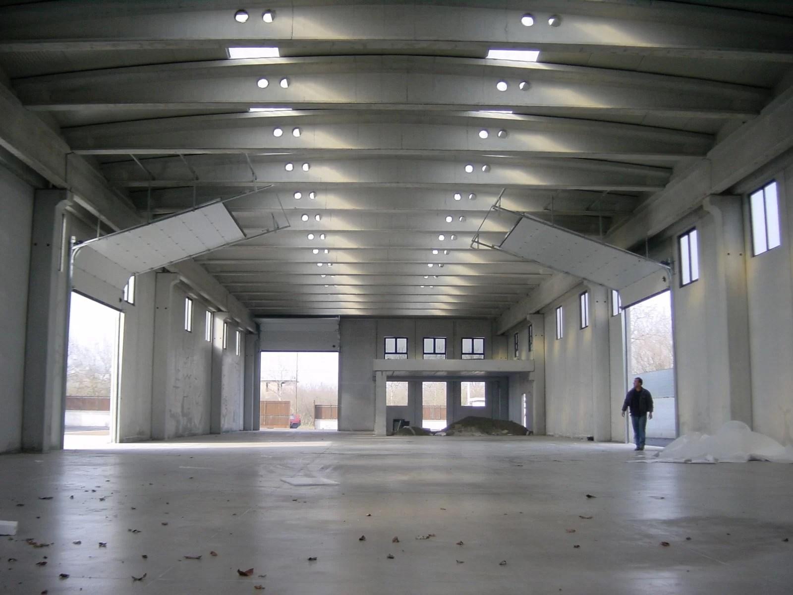 Portone sezionale industriale DOCK - Stucco bianco C21 vista interna