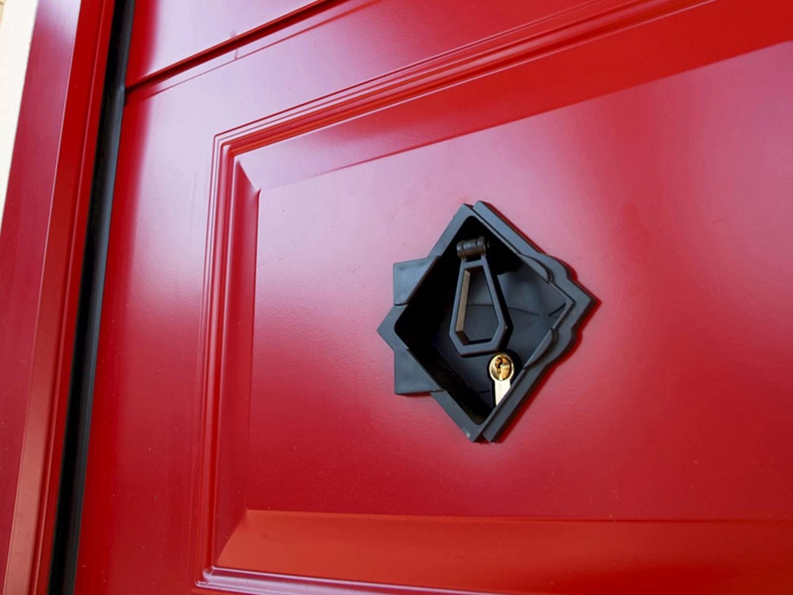 Portone sezionale da garage ATHES - Liscio rosso RAL