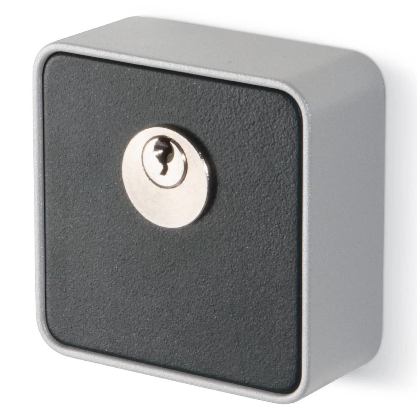 Selettore a chiave Apri-Chiudi-Stop