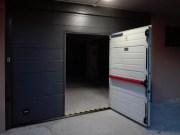 Nuovo look al garage di casa con il portone sezionale residenziale Sirio