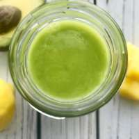 Healthy Avocado Smoothie with Pineapple and Ginger