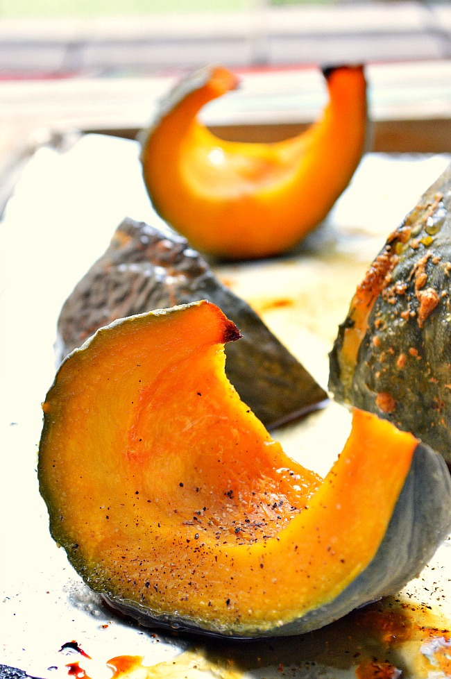 This effortlessly easy and super healthy Gluten Free Maple Glazed Kabocha Squash is an excellent addition to any dinner. It's sweet, tender and full of fall flavor.