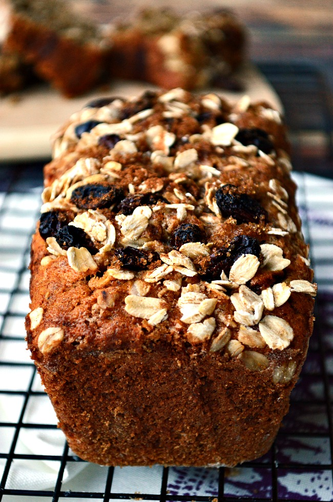 Turn this favorite classic cookie flavor into a loaf of tender sweet banana bread. Because, really, who needs a cookie when you have a slice of Gluten Free Old-Fashioned Oatmeal Raisin Banana Bread?