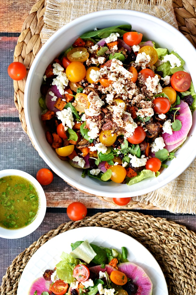 Not only is this Roasted Veggie Salad with French Vinaigrette healthy and easy, but it's full of wholesome ingredients. The veggies add a bold robust flavor and the vinaigrette is slightly sweet with no refined sugar.