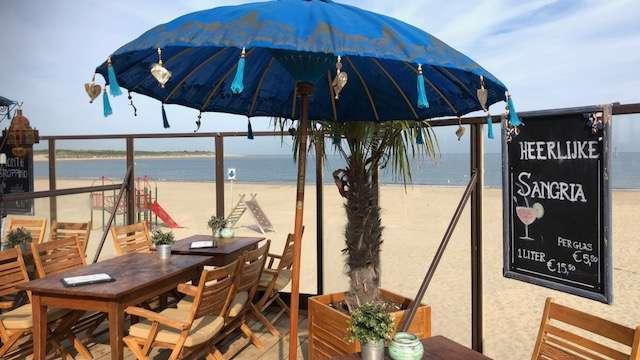 Beachclub Perry's Brouwersdam Zeeland terras uitzicht bregblogt.nl
