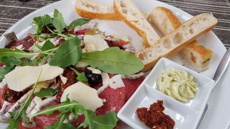salade carpaccio Brasserie Ver'koch bregblogt.nl