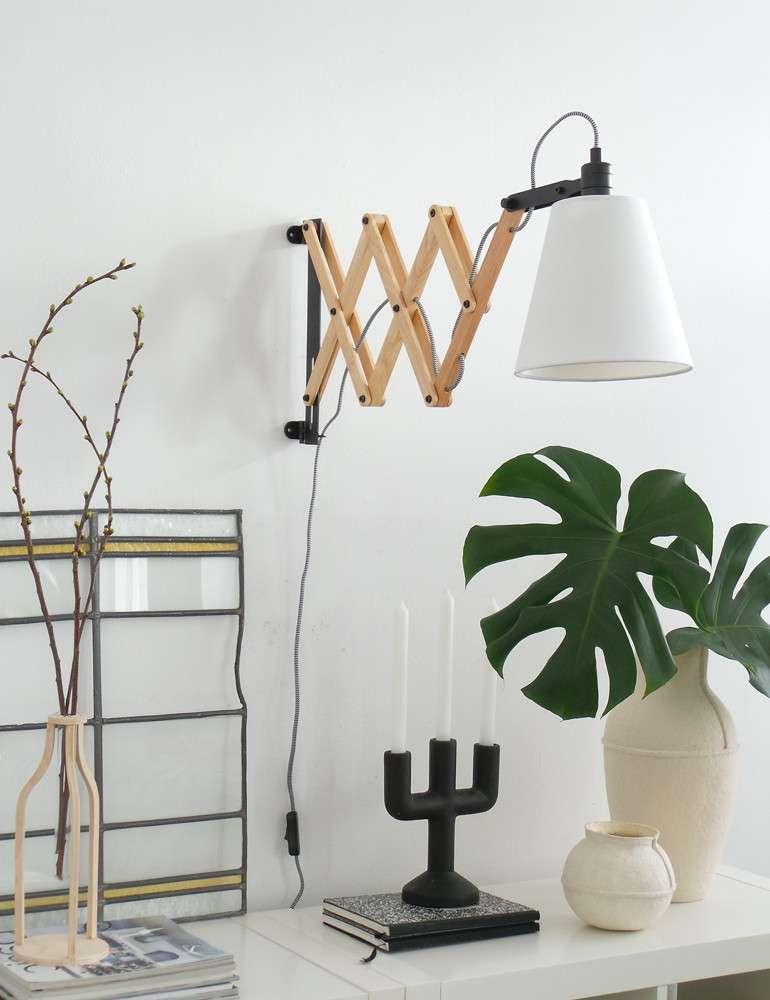 Houten-wandlamp-landelijk