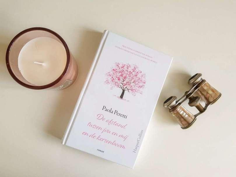 De afstand tussen jou en mij en de kersenboom - Paola Peretti - bregblogt.nl