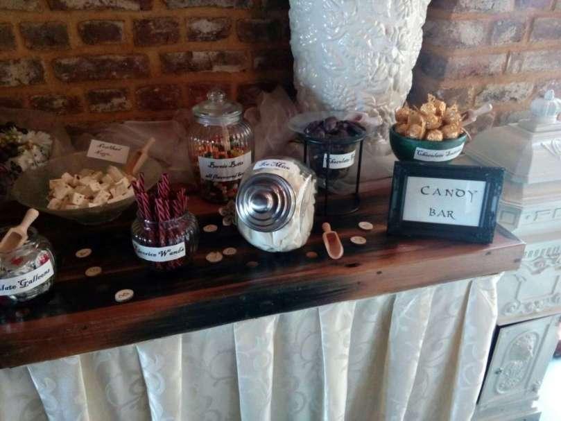 De bruiloft van Joyce en Maartje aankleding candy bar bregblogt.nl