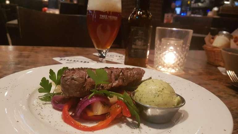 De Twee Heeren Happy Hours biefstuk speciaalbier bregblogt.nl