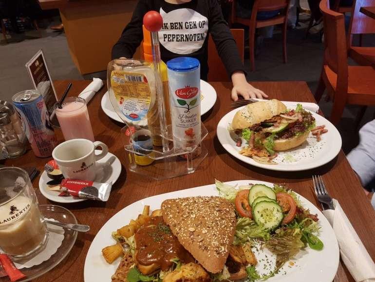 Lunch Hierder Hepke bregblogt.nl