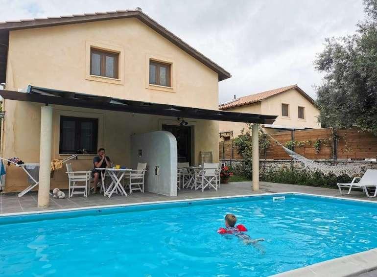 Olivetto Villas zwembad terras Lefkas bregblogt.nl