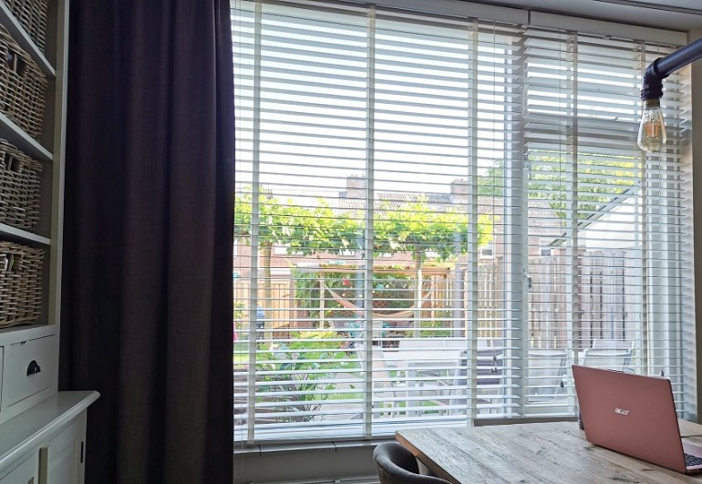 Nieuwe raamdecoratie woonkamer bregblogt.nl