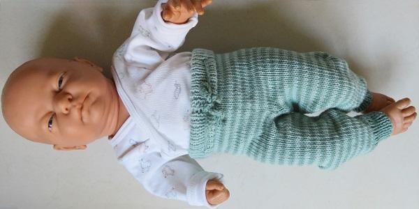 Baby broekje breien patroon