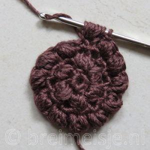 Puff stitch steek haken stap 6