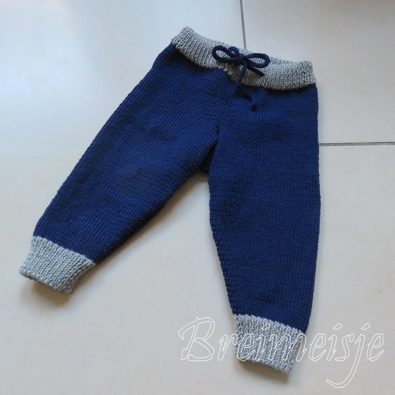 Wonderbaar Babybroekje breien maat 62-28, een patroon van Breimeisje BC-97
