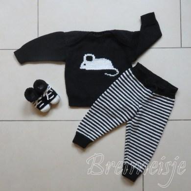 Babykleding breien zwart wit