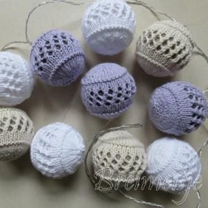 Ballen breien voor een (licht)slinger