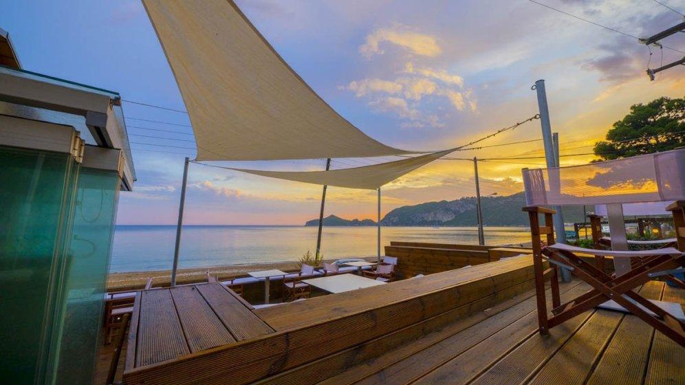 Vistonia Beach Lounge - in Agios Georgios Pagi auf Korfu