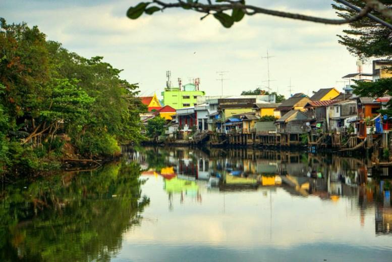 Urlaub in Thailand - Ansicht, Sukhapiban-Road, Foto Martin Cyris