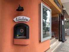 Mosambik-Breitengrad53-Reiseblog-Andrea-Tapper-- KasseTehtrao Avenida Mankell