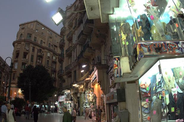 Die Kluft zwischen arm und reich erscheint in Kairo besonders groß.