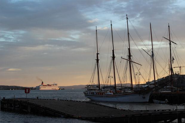 Der Hafen am Abend.