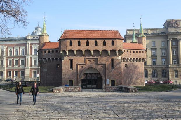 In Krakau beeindrucken die gut erhalten mittelalterlichen Gebäude