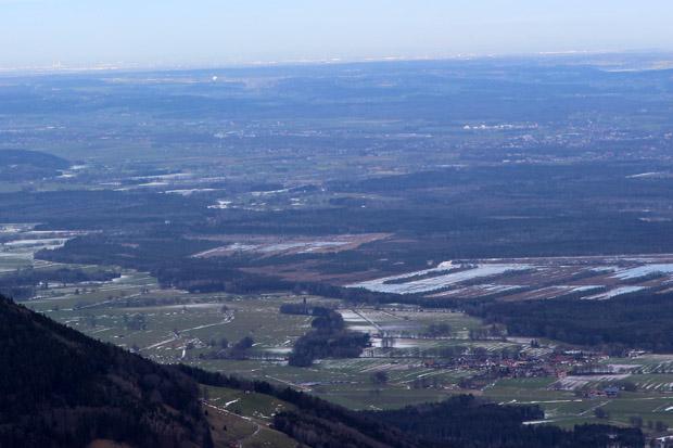 Oben rechts sind die Abhöranlagen des BND in Bad Aibling zu erkennen