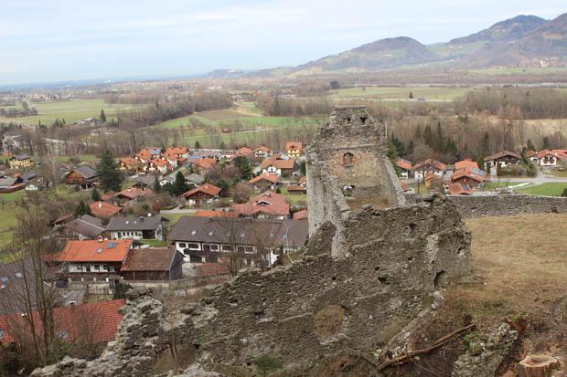 Nach wenigen Minuten ist bereits die Burg Falkenstein erreicht