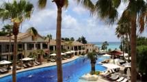 Sicher eine der schönsten Hotelansichten auf ganz Zypern bietet das Columbia Beach Ressort Pissouri