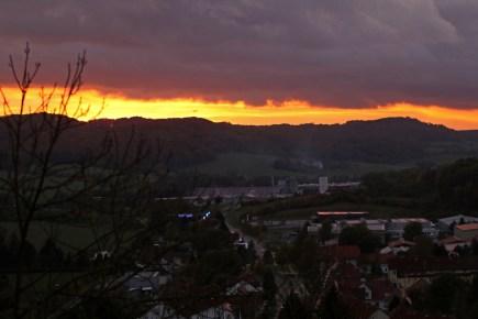 Sonnenuntergang über dem Thüringer Wald von der Creuzburg aus gesehen