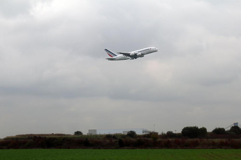 Der Thalys lässt den Pariser Flughafen links liegen und fährt direkt ins Zentrum der Stadt