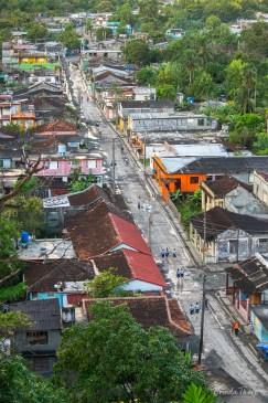 Schoolchildren walk to school.