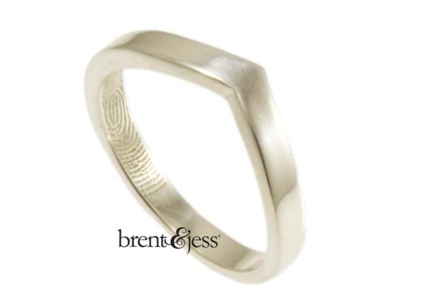 v-shaped Brent&Jess ring