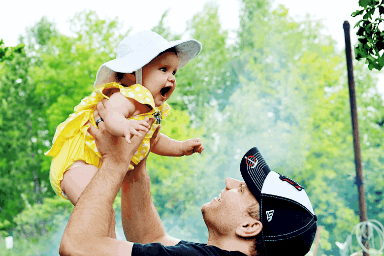 father-daughter-baby-and-dad-%2523NauticaForDad.png