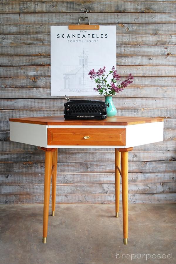 Mid Century Modern Corner Table Makeover Brepurposed - Mid century modern corner table