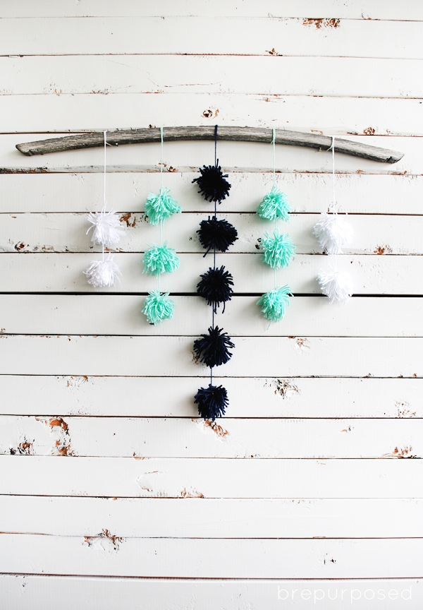 DIY Pom Pom Wall Hanging