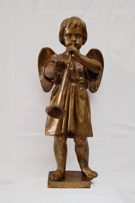 Groß Trebbow, Pappmaché-Figur der Orgelempore