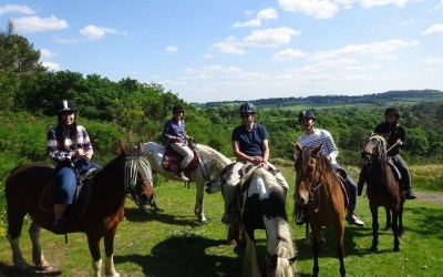 馬で散歩 – Balade à cheval