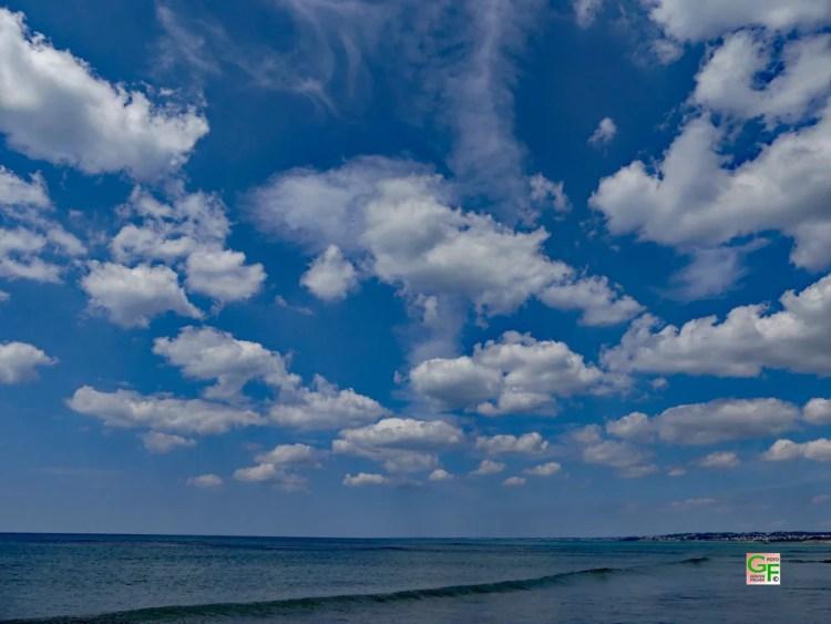 Der Himmel über dem Meer bei Penhors