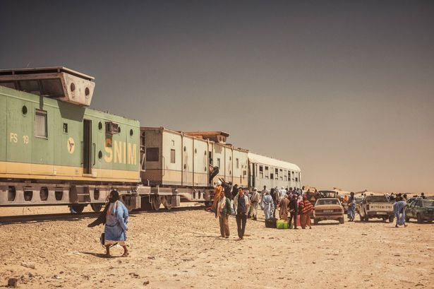 sahara-express-riding-the-worlds-longest-cargo-train