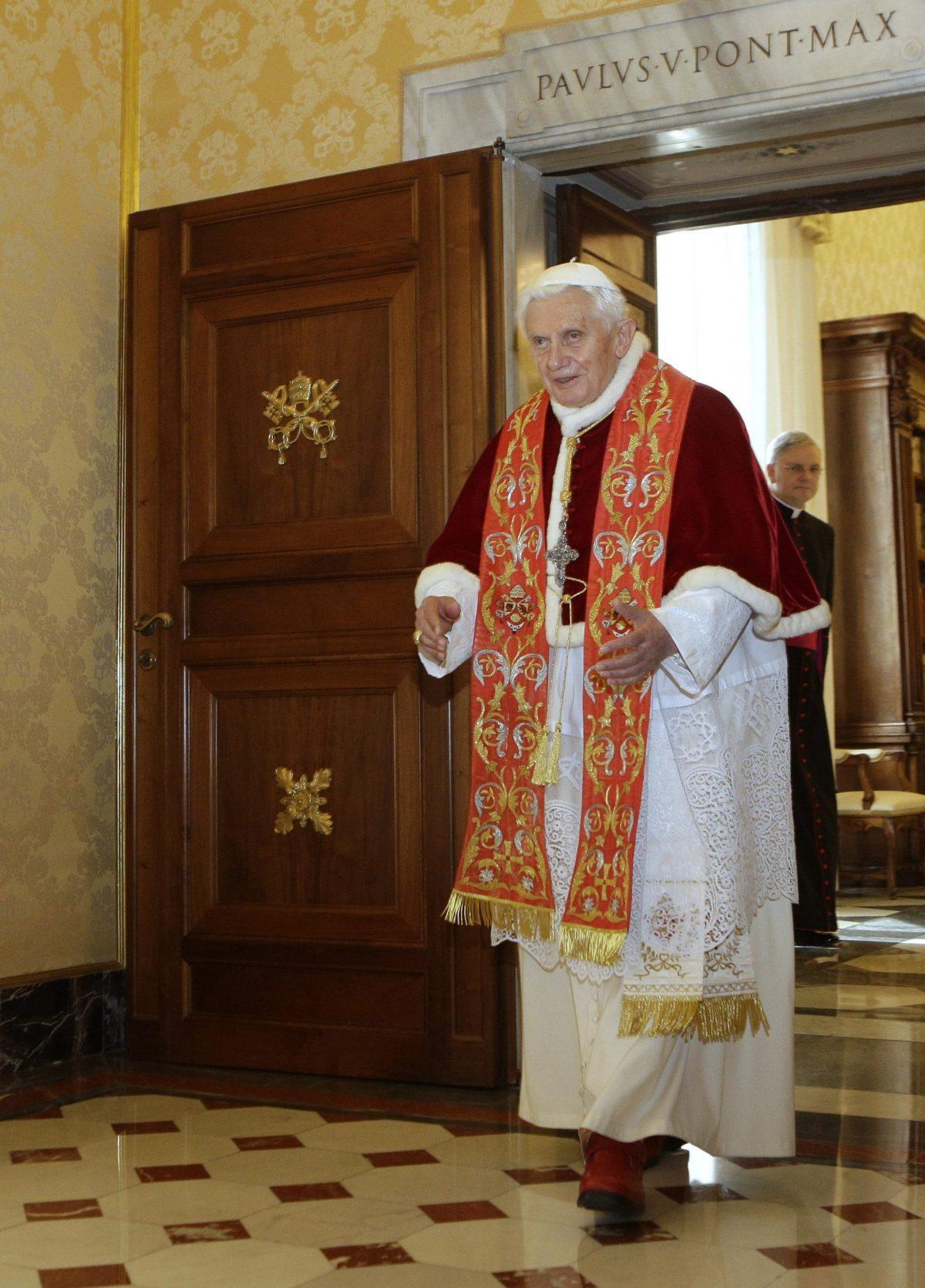 Pope Benedict XVI meets Otto Pereze Molina